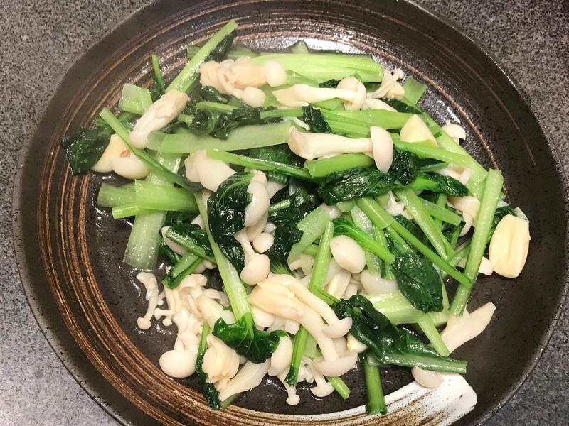 雪白菇脆炒塔菇菜