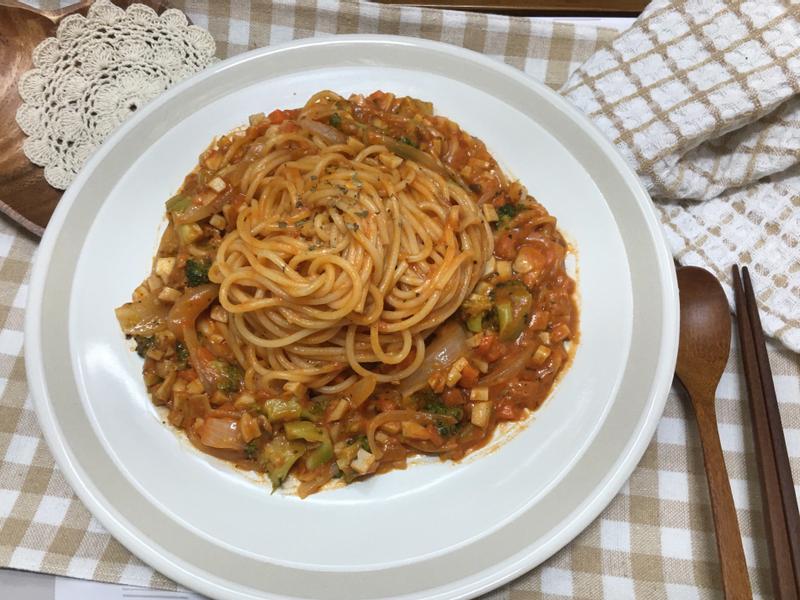 菇菇蔬菜義大利麵