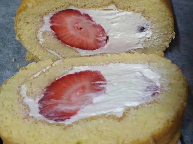 赤藻糖醇草莓生乳捲
