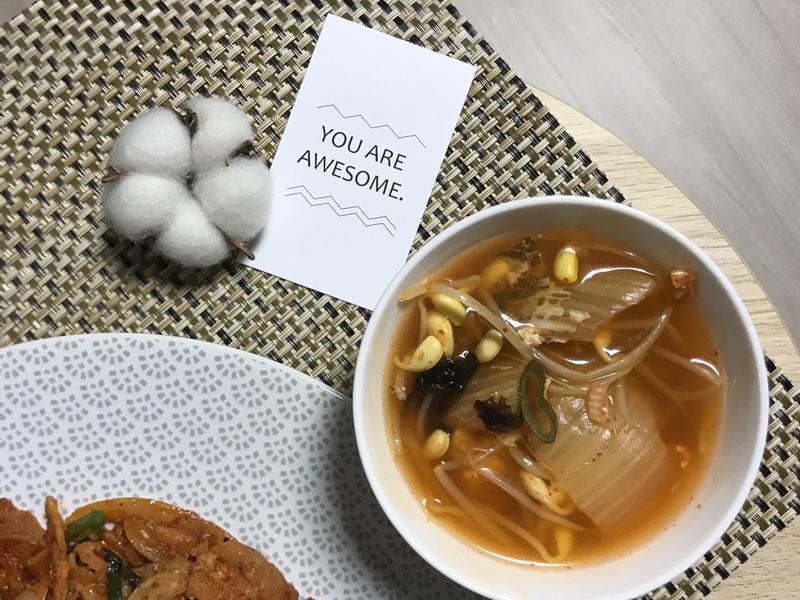 泡菜豆芽湯