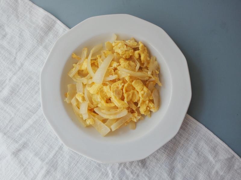 四季蓋營養#2 - 洋蔥炒蛋