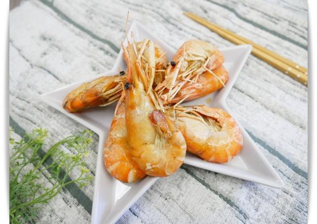 氣炸鍋「胡椒蝦」簡單完成餐廳菜。