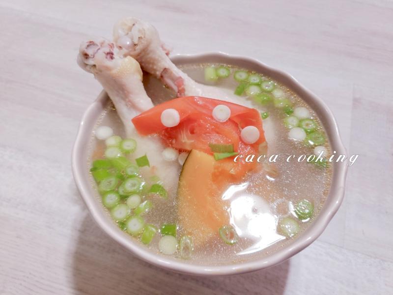 南瓜番茄雞湯(電子壓力鍋)