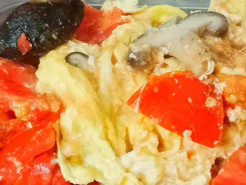 番茄香菇炒蛋~簡單健康快速料理