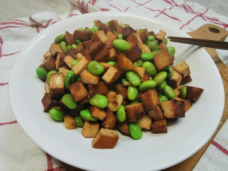 簡易家常菜1-蒜香毛豆炒豆干