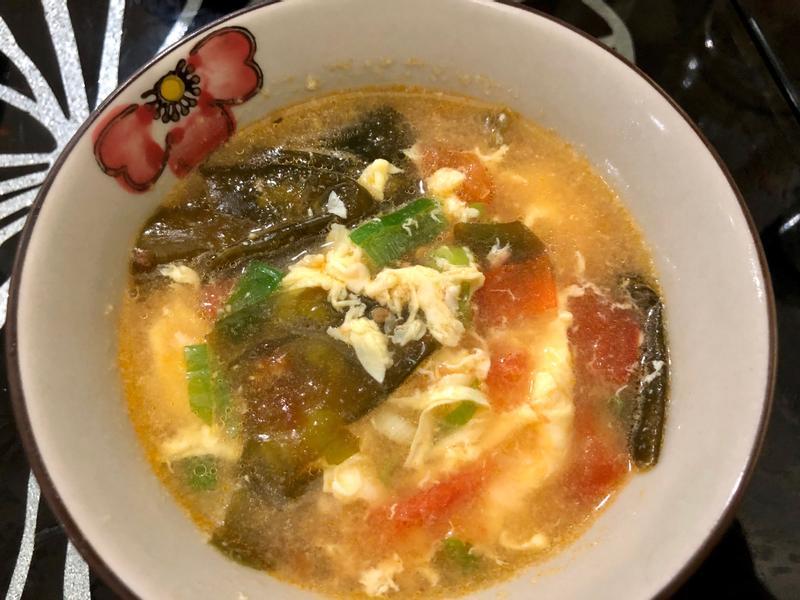 飛利浦萬用鍋-番茄海帶蛋花湯