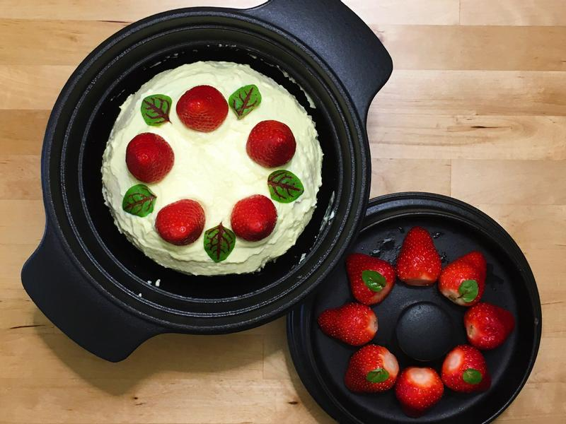 海鹽奶油草莓蛋糕