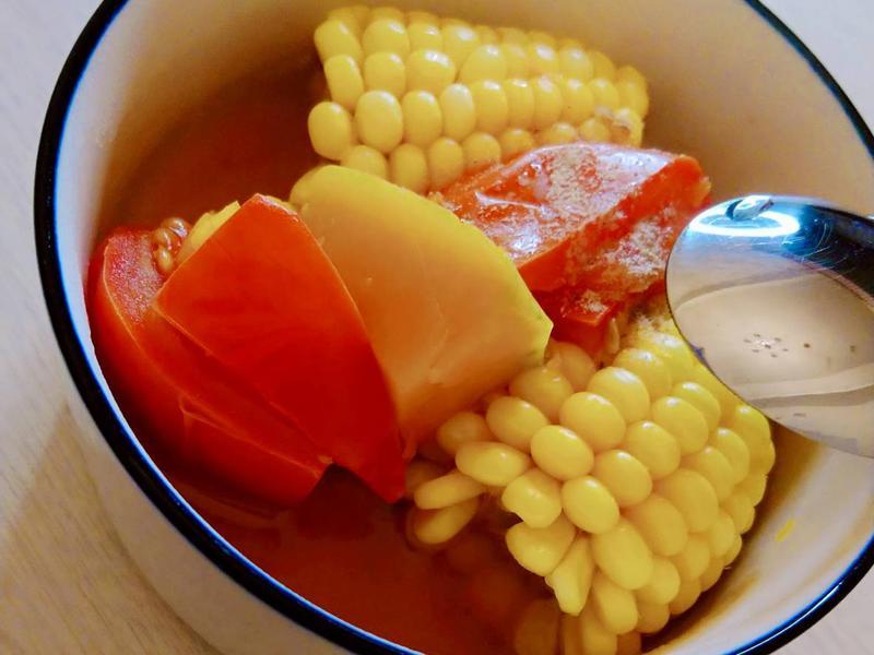 水果玉米蔬果湯