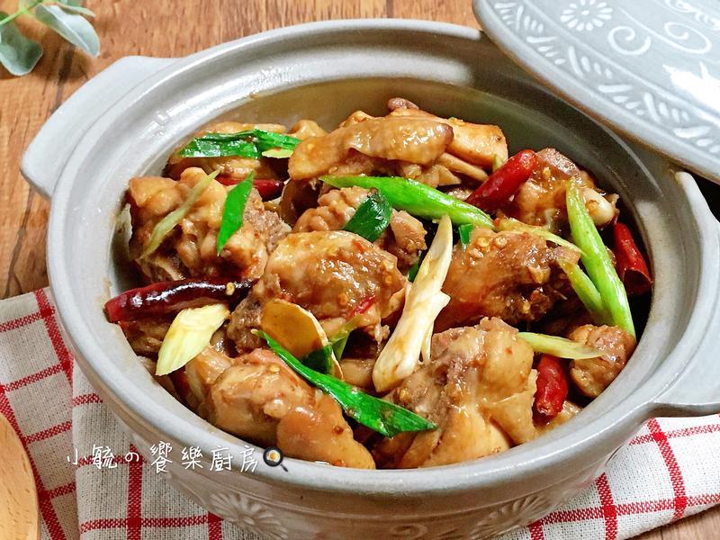 麻辣砂鍋雞