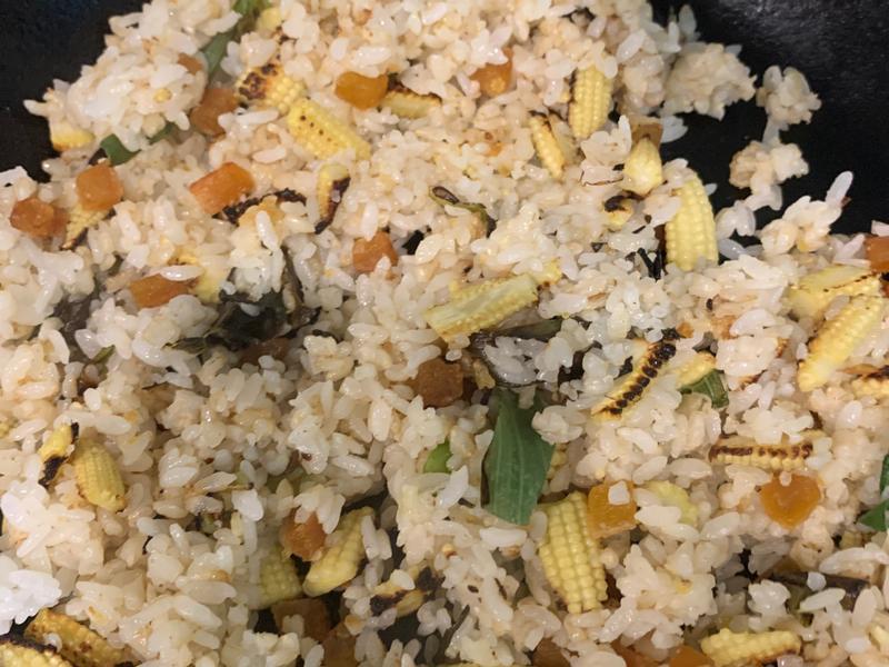烏魚子玉米筍炒飯