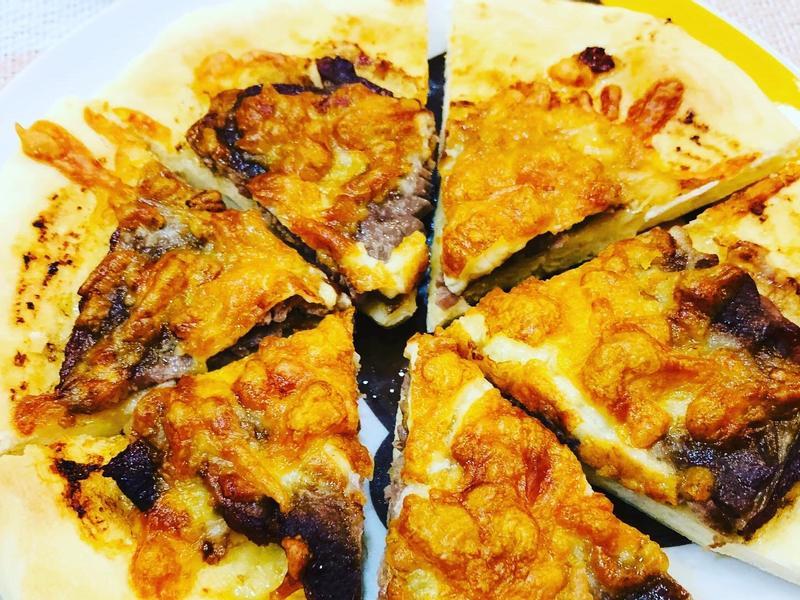 氣炸燒肉起司披薩