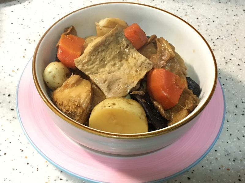 小柚子瓜's 懶人蔬食料理~滷味大拼盤