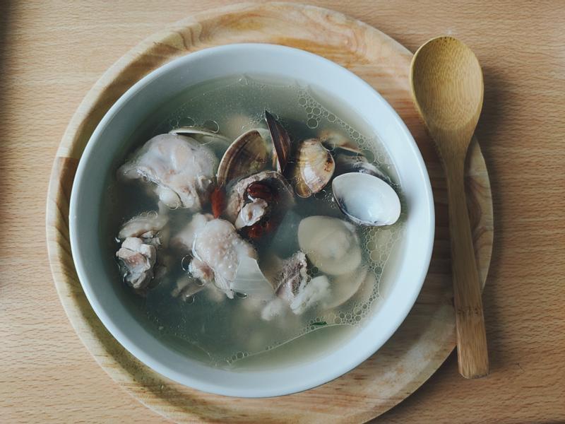 蒜頭蛤蜊雞湯(大人寶寶都愛喝)