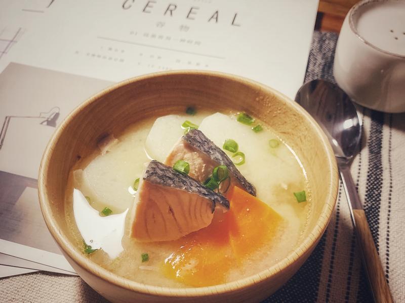 山藥鮭魚味噌湯(減醣)