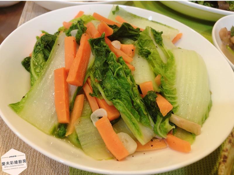 紅蘿蔔炒白菜🥕