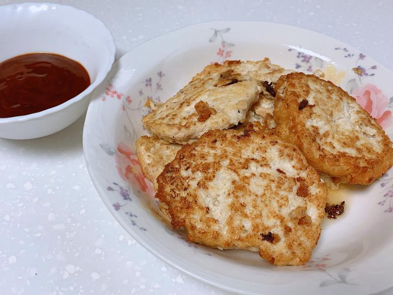 豆腐雞肉餅(配韓式酸辣醬)