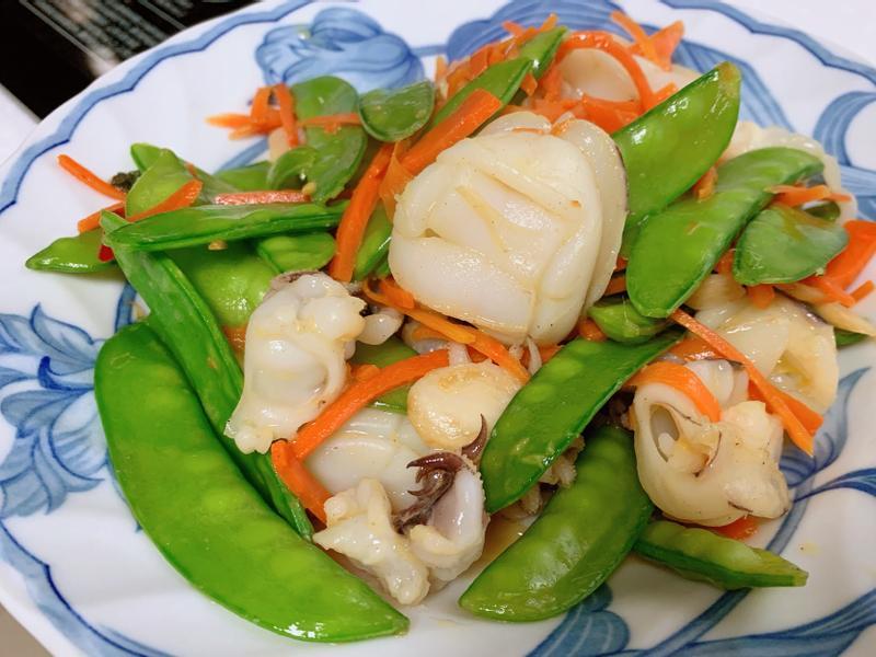 豌豆炒小花枝(荷蘭豆炒小墨魚)