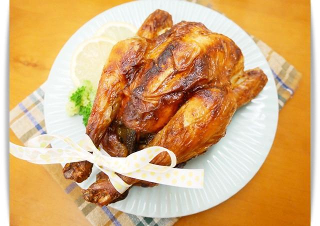 氣炸鍋「奶油蒜香烤雞」零技巧、美味又多汁