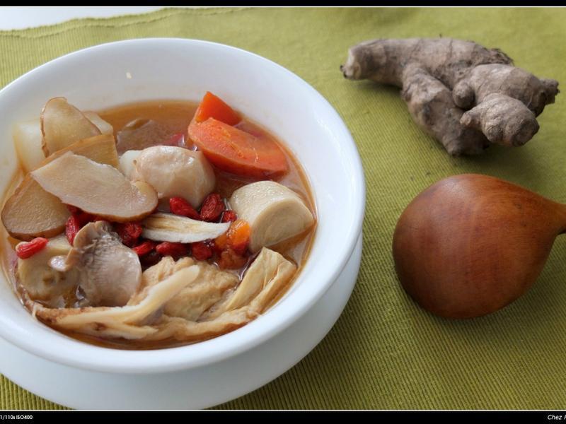 蔬食麻油雞