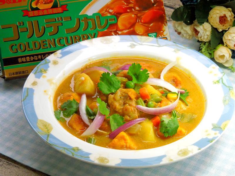 蔬果雞肉咖哩