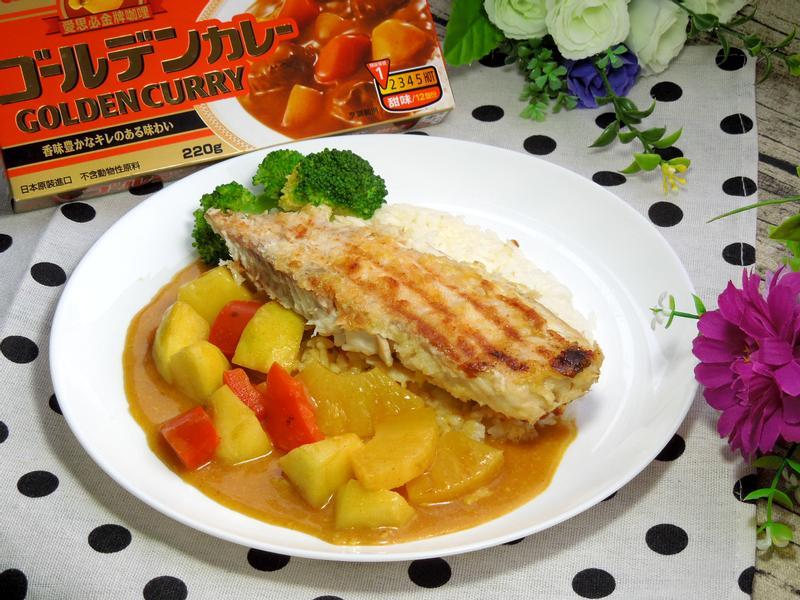 魚排水果咖哩