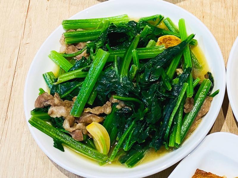 肉絲炒菠菜