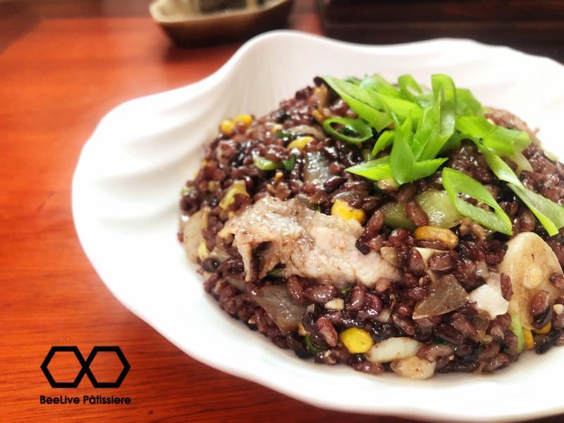 養生營養黑米炒飯