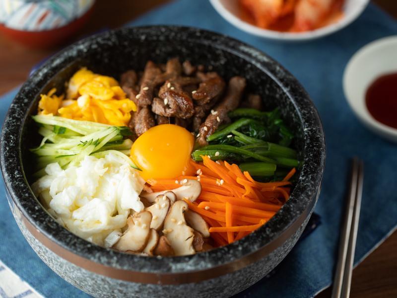 韓式石鍋拌飯-ZENKO高碳鋼極黑廚刀組