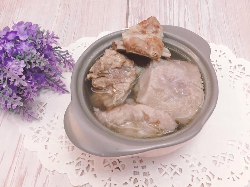 芋頭排骨湯(電鍋料理)