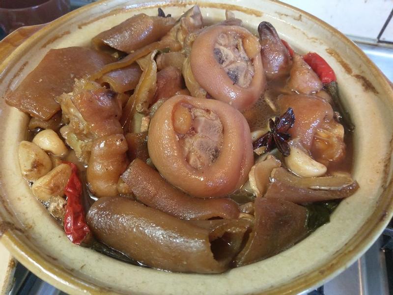 年菜(老滷豬腳)