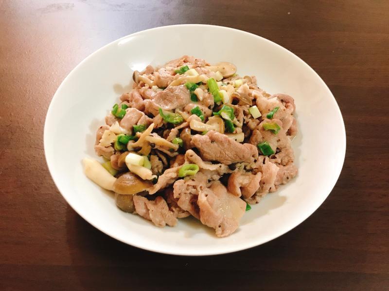 蔥鹽菇菇豬肉片