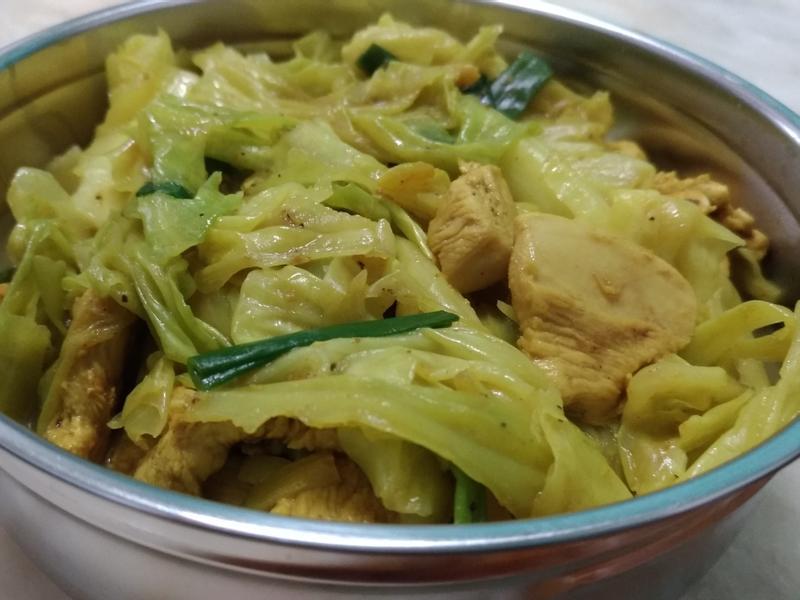 薑黃咖哩高麗菜炒雞胸