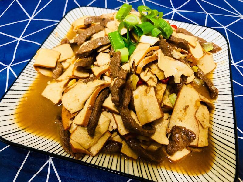 超級下飯的~豆乾牛肉絲