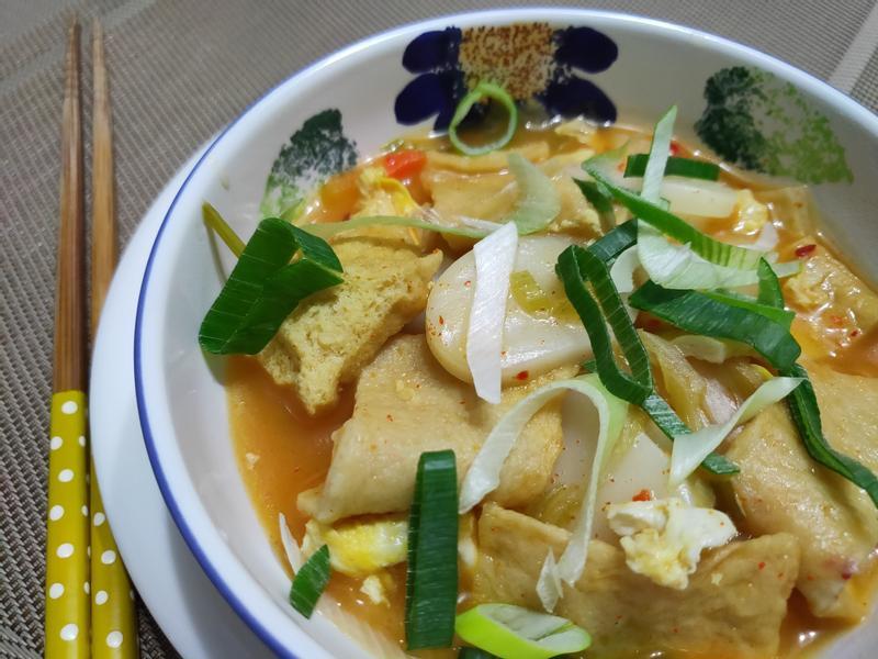 lanni 泡菜魚板年糕湯
