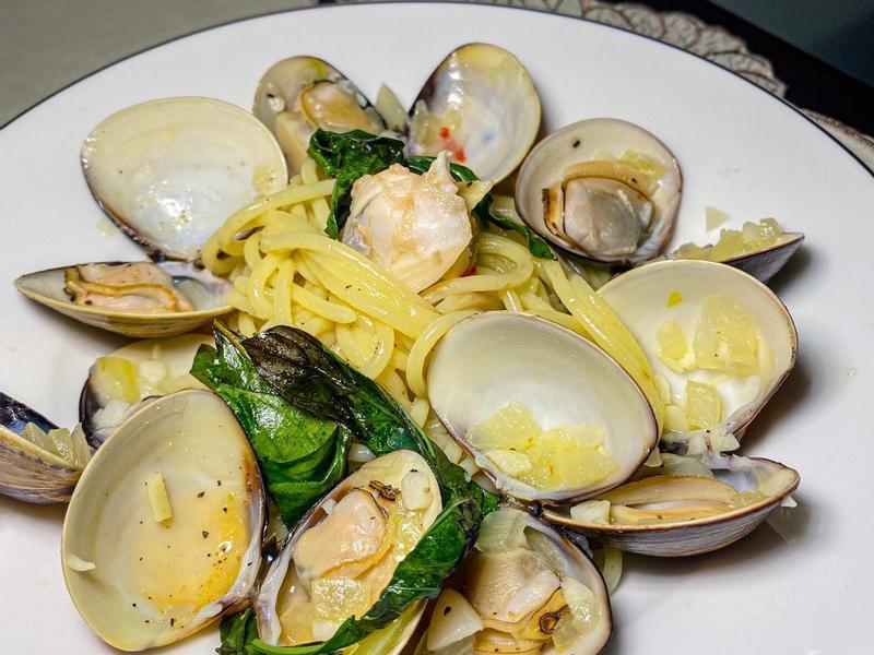 香蒜蛤蜊義大利麵(食譜參考詹姆士)