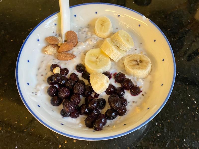 優格燕麥藍莓早餐
