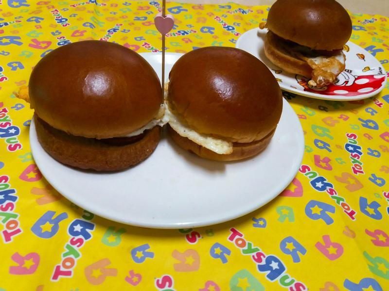 花生火腿蛋漢堡