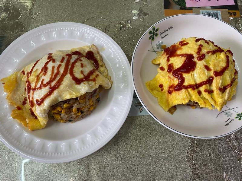 香腸玉米蛋蓋炒飯