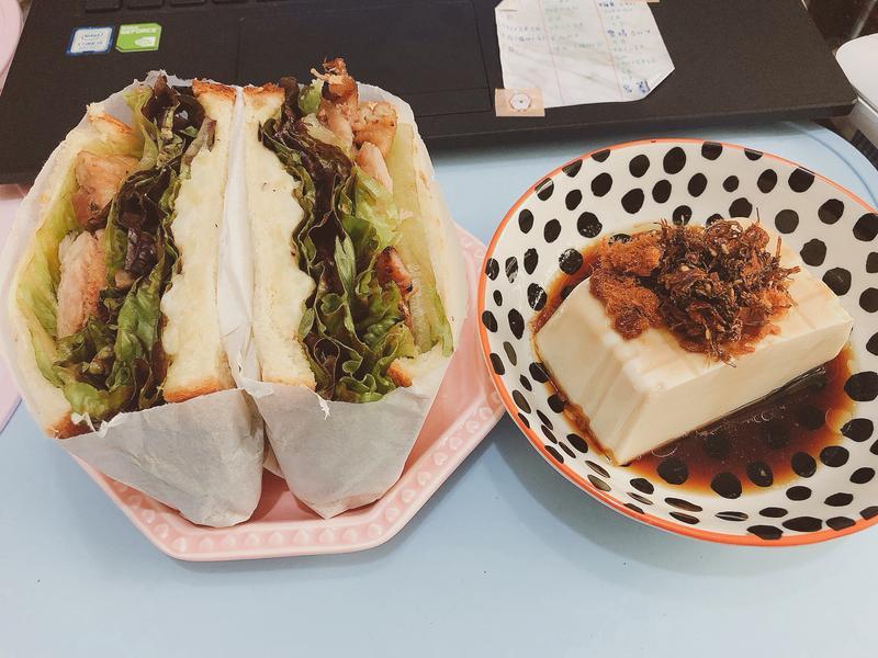 減醣輕食🥪味噌雞腿三明治🤞🏻