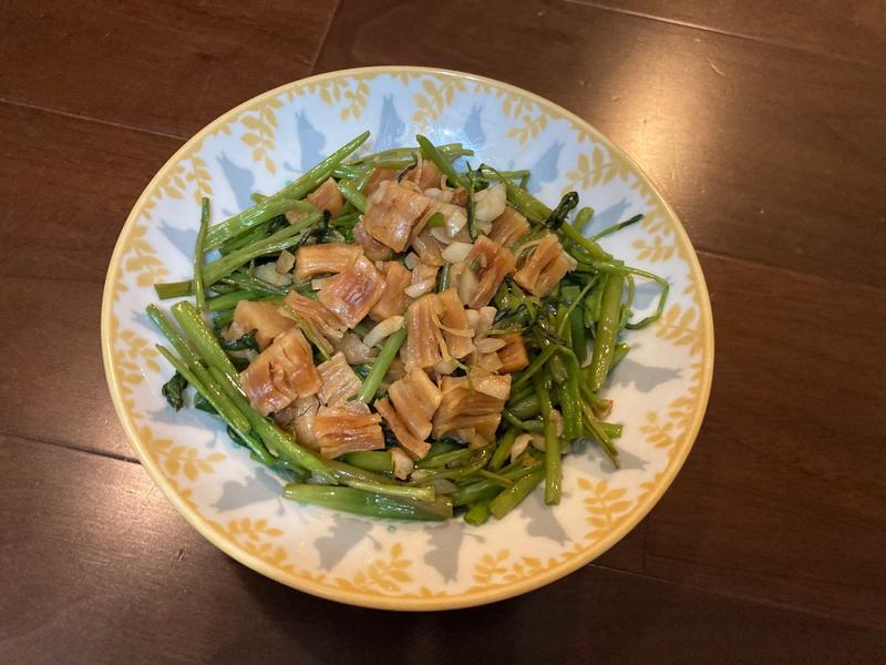 蒜炒干貝空心菜