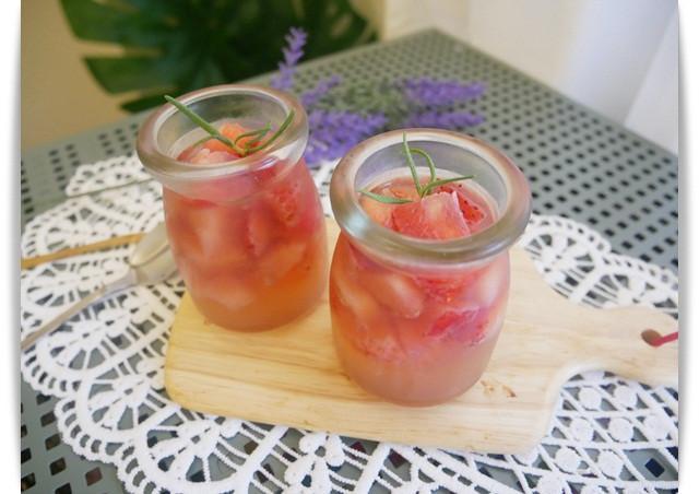 零技巧「草莓果凍」好香、好好吃 ♪