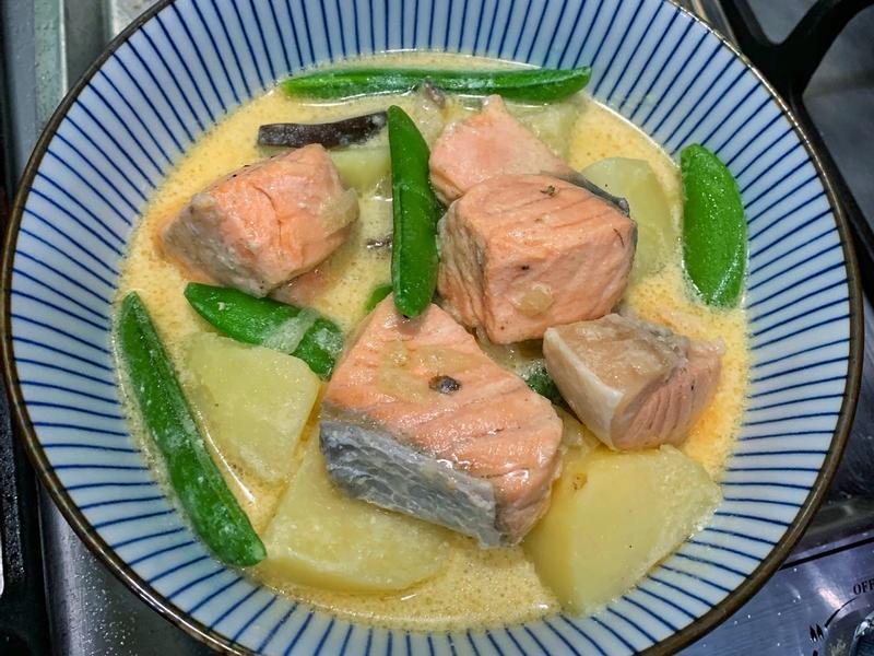 北海道風馬鈴薯燉鮭魚