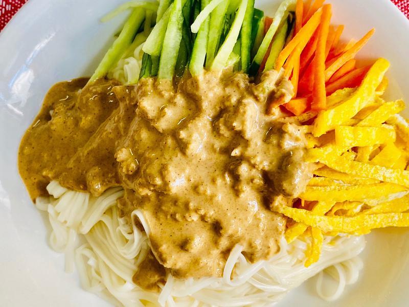 蒜香麻醬麵