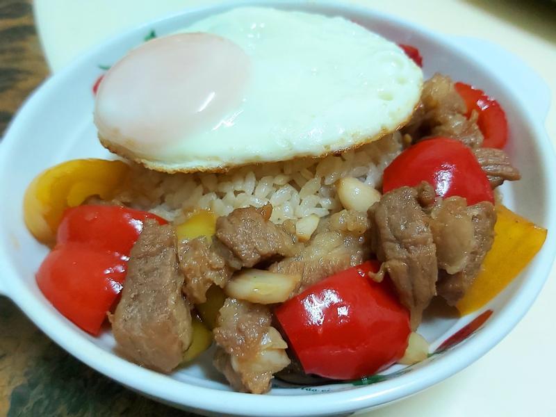 👩🍳快速簡單輕鬆料理  豬蓋飯