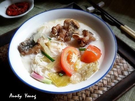 馬來西亞-魚頭米粉