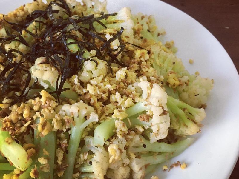 七味鮪魚香鬆花椰菜
