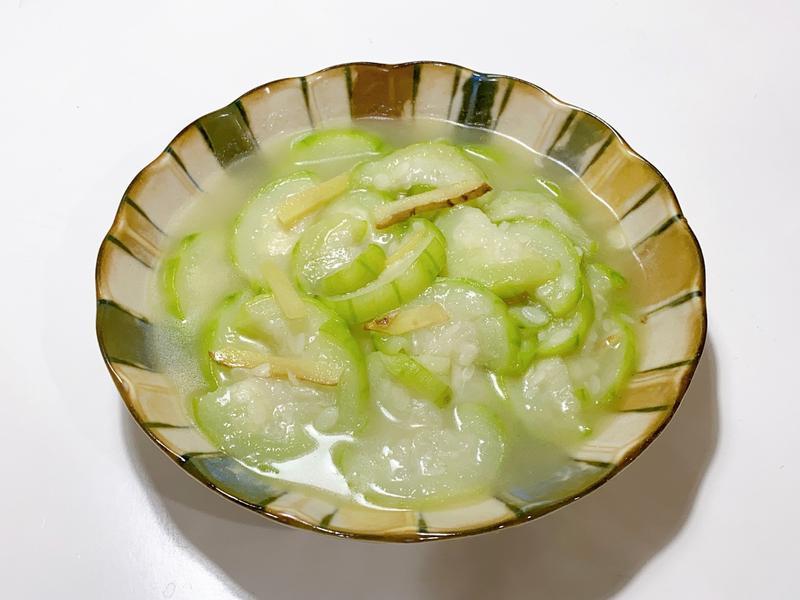 [家常料理]薑絲炒絲瓜
