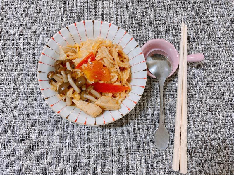 簡易素食茄汁炒意麵