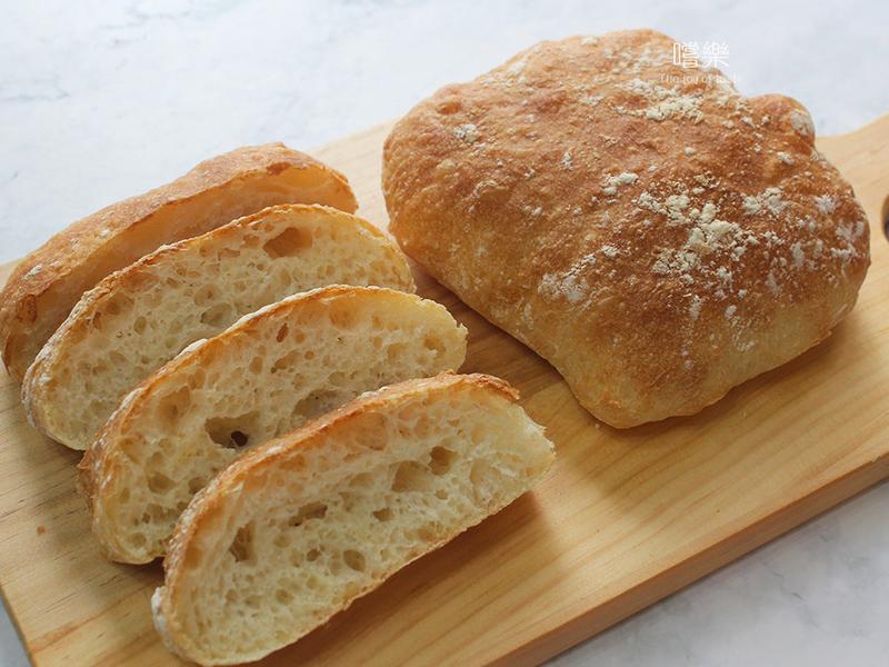 義大利拖鞋麵包 【免揉麵包】