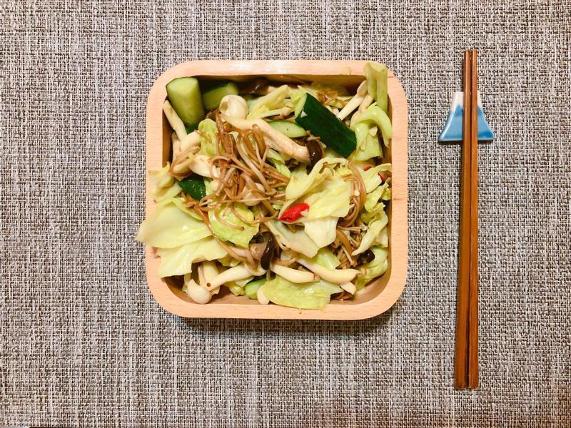氣炸鍋-香蒜鮮菇炒高麗菜